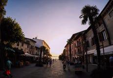 Calle de la palma a la puesta del sol Ojo de pescados fotografía de archivo libre de regalías