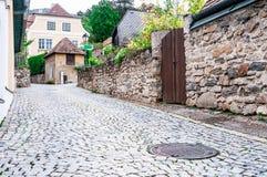 Calle de la piedra de pavimentación Foto de archivo libre de regalías