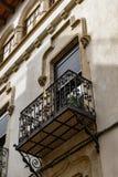 Calle de la ruta del art nouveau en Vilafranca del Penedes, Cataluña, España imagen de archivo libre de regalías