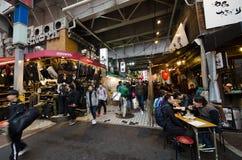 Calle de las compras de Ameyoko Fotos de archivo libres de regalías