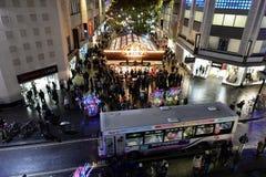Calle de las compras de la Navidad Imagen de archivo