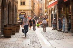 Calle de las compras del St. Jean de la ruda de Lyon Fotos de archivo