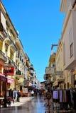 calle de las compras en la playa de Torremolinos, Costa del Sol, España Fotografía de archivo libre de regalías