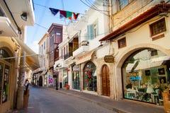 Calle de las compras en Rethymno imágenes de archivo libres de regalías