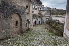 Calle de Matera antigua, Italia Fotos de archivo libres de regalías