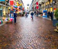 Calle de Milán, Italia Fotografía de archivo libre de regalías