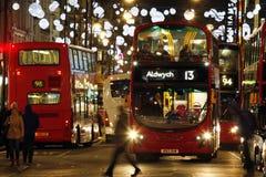 2013, calle de Oxford con la decoración de la Navidad Imágenes de archivo libres de regalías