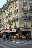 Calle de París Imágenes de archivo libres de regalías