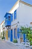 Calle de piedra hermosa en Alaçati Fotos de archivo libres de regalías