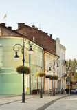 Calle de Pilsudski en Krosno polonia Fotos de archivo