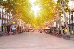 Calle de Rambla del La en Barcelona, España Fotos de archivo