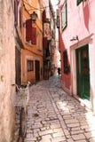 Calle de Rovinj, Croatia Imagen de archivo libre de regalías