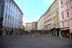 Calle de Salzburg, Austria Imagen de archivo libre de regalías