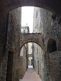 Calle de San Gimignano Foto de archivo libre de regalías