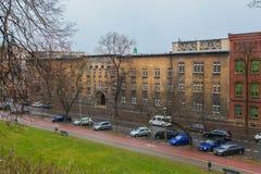 Calle de Tipical en Kraków fotos de archivo