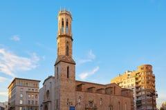 Calle de Valencia Xativa e iglesia de Sant Agusti sq Fotos de archivo libres de regalías