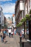 Calle de York, una ciudad de Stonegate en North Yorkshire, Inglaterra Imagen de archivo libre de regalías