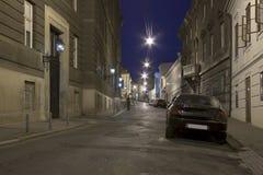 Calle de Zagreb de la noche fotografía de archivo
