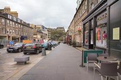 Calle del castillo en Edimburgo Foto de archivo