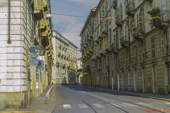 Calle del centro histórico de Turín Piamonte, Italia Fotos de archivo