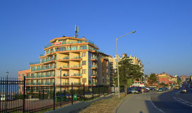 Calle del centro turístico de Sveti Vlas, Bulgaria Imagen de archivo