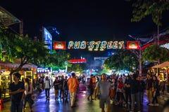 Calle del Pub, Siem Reap, Camboya foto de archivo libre de regalías