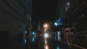 Calle después de la lluvia almacen de metraje de vídeo