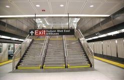 34 calle - diseño interior de la estación de metro de las yardas del Hudson en NY Imágenes de archivo libres de regalías