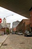 Calle DUMBO Brooklyn Nueva York del agua Imagenes de archivo