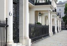 Calle elegante en Londres Foto de archivo libre de regalías