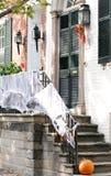 Calle en Alexandría, Virginia el Víspera de Todos los Santos Fotos de archivo libres de regalías
