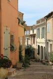 Calle en Arles fotos de archivo