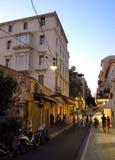 Calle en Atenas, Grecia imagen de archivo libre de regalías