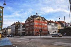 Calle en el centro de ciudad de Copenhague Imagen de archivo libre de regalías