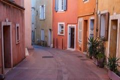 Calle en el centro de Frejus imagen de archivo libre de regalías