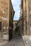Calle en el centro histórico de Vilafranca del Penedes, Cataluña, España imagen de archivo