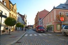 Calle en Kutna-Hora, checo Imágenes de archivo libres de regalías