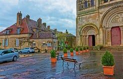 Calle en la abadía de Vezelay de Borgoña Franche Comte de Francia Imagenes de archivo