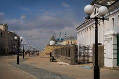 Calle en la ciudad de Kazan. Foto de archivo libre de regalías