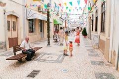 Calle en la ciudad Silves, Portugal Imagen de archivo