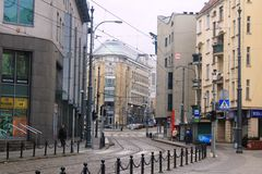 Calle en la ciudad vieja hermosa de Poznán, Polonia Imágenes de archivo libres de regalías