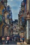 Calle en La Habana central, Cuba imagen de archivo