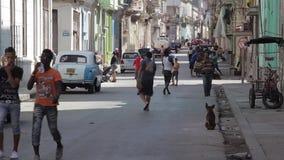 Calle en La Habana, Cuba almacen de video