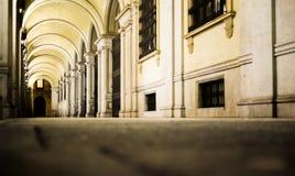 calle en la noche en Turín Italia Imagen de archivo
