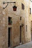 Calle en La Valeta, Malta Imagen de archivo