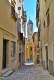 Calle en Labin, Croacia Imagenes de archivo