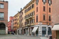 Calle en Módena, Italia Foto de archivo