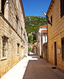 Calle en Ston, Croacia. Fotos de archivo