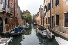 Calle en Venecia Foto de archivo libre de regalías