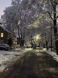 Calle encantadora del invierno Fotos de archivo libres de regalías